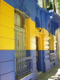 in Boca, where we shouldn't have been - everything is happily blue and yellow in support of Boca Junio
