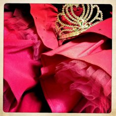 tiara fluff